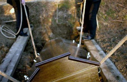 Pourquoi éviter l'inhumation ?